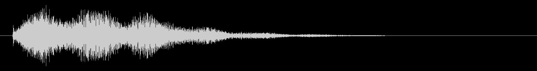 長い尾を持つ電気火花クラックル衝撃の未再生の波形