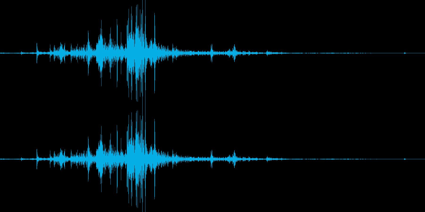 【マイク収録】紙を広げる音/ページめくりの再生済みの波形