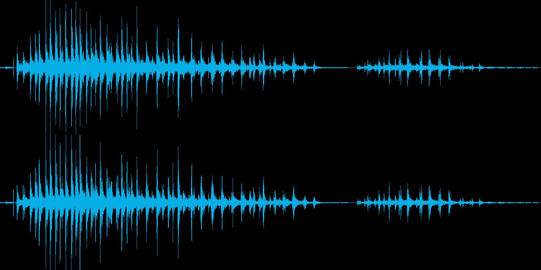骸骨戦士の骨の音(カタカタと軽い音)の再生済みの波形