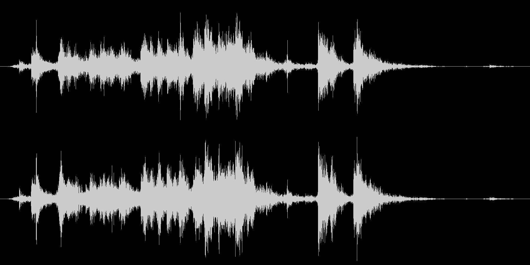 メタル クラッシュミディアム05の未再生の波形