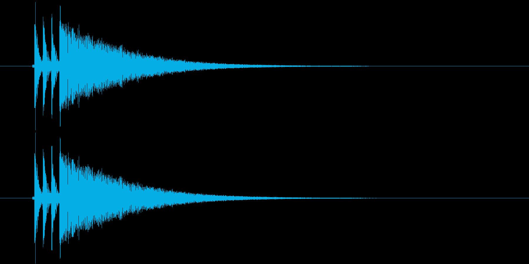 ダダダーンという銃弾のような乾いた音の再生済みの波形