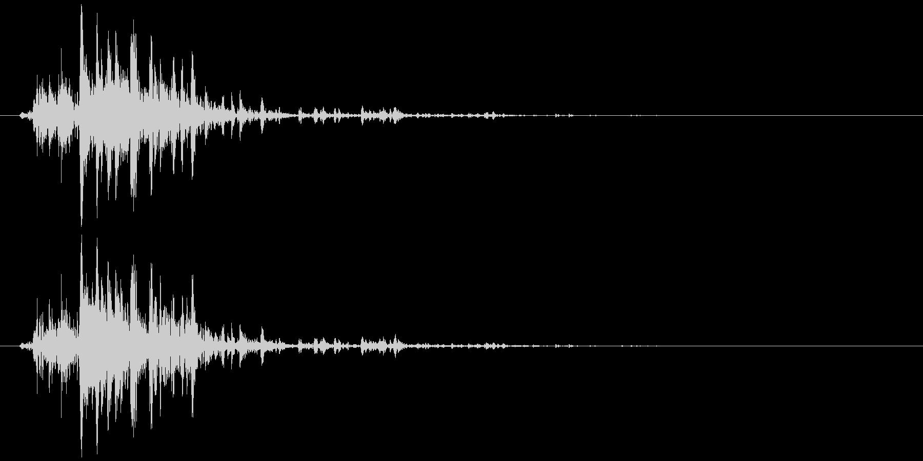 鈴の音 (高音)シャリッの未再生の波形