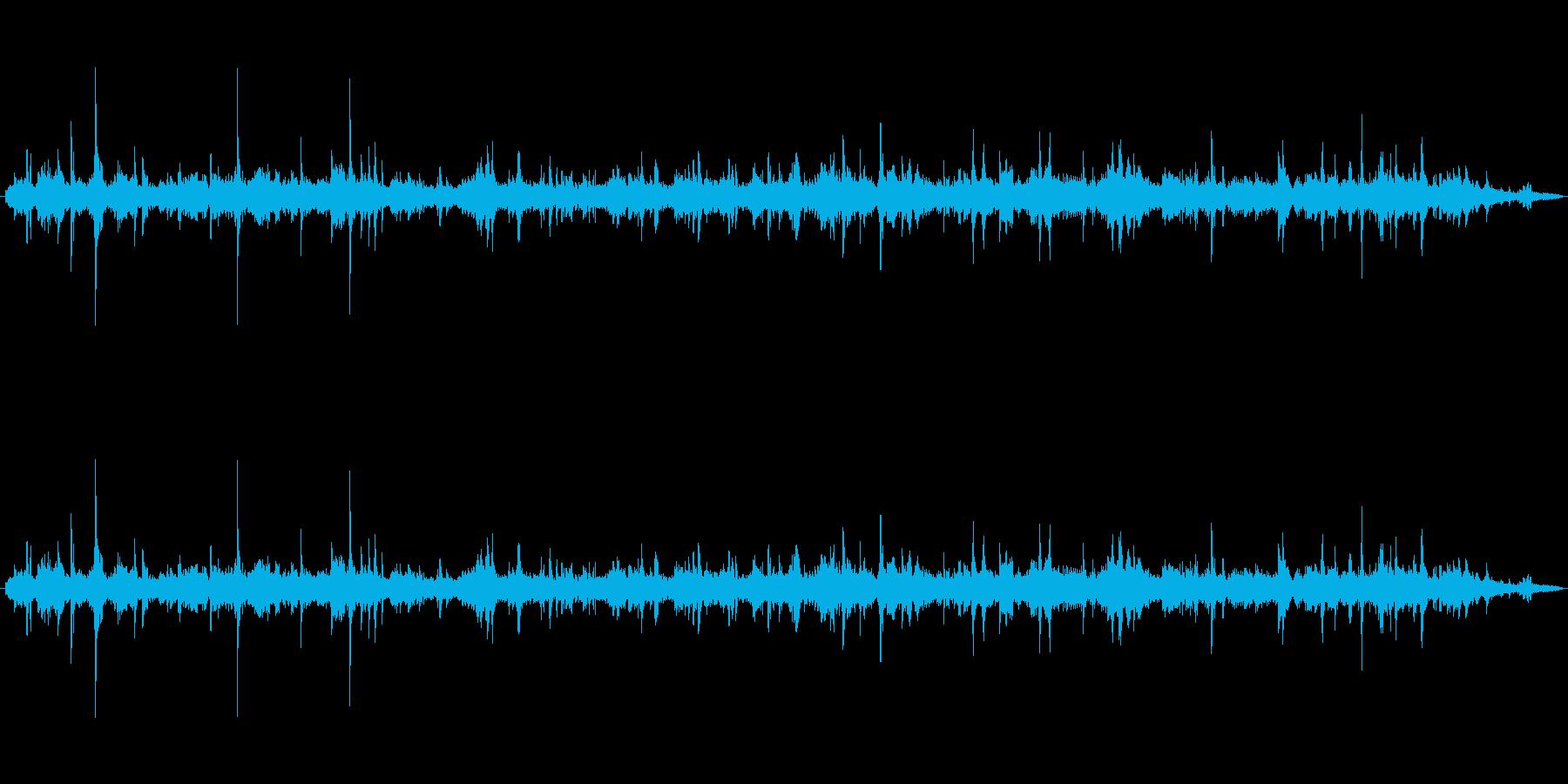 【生音】じゃーーーー!という水道の音で…の再生済みの波形