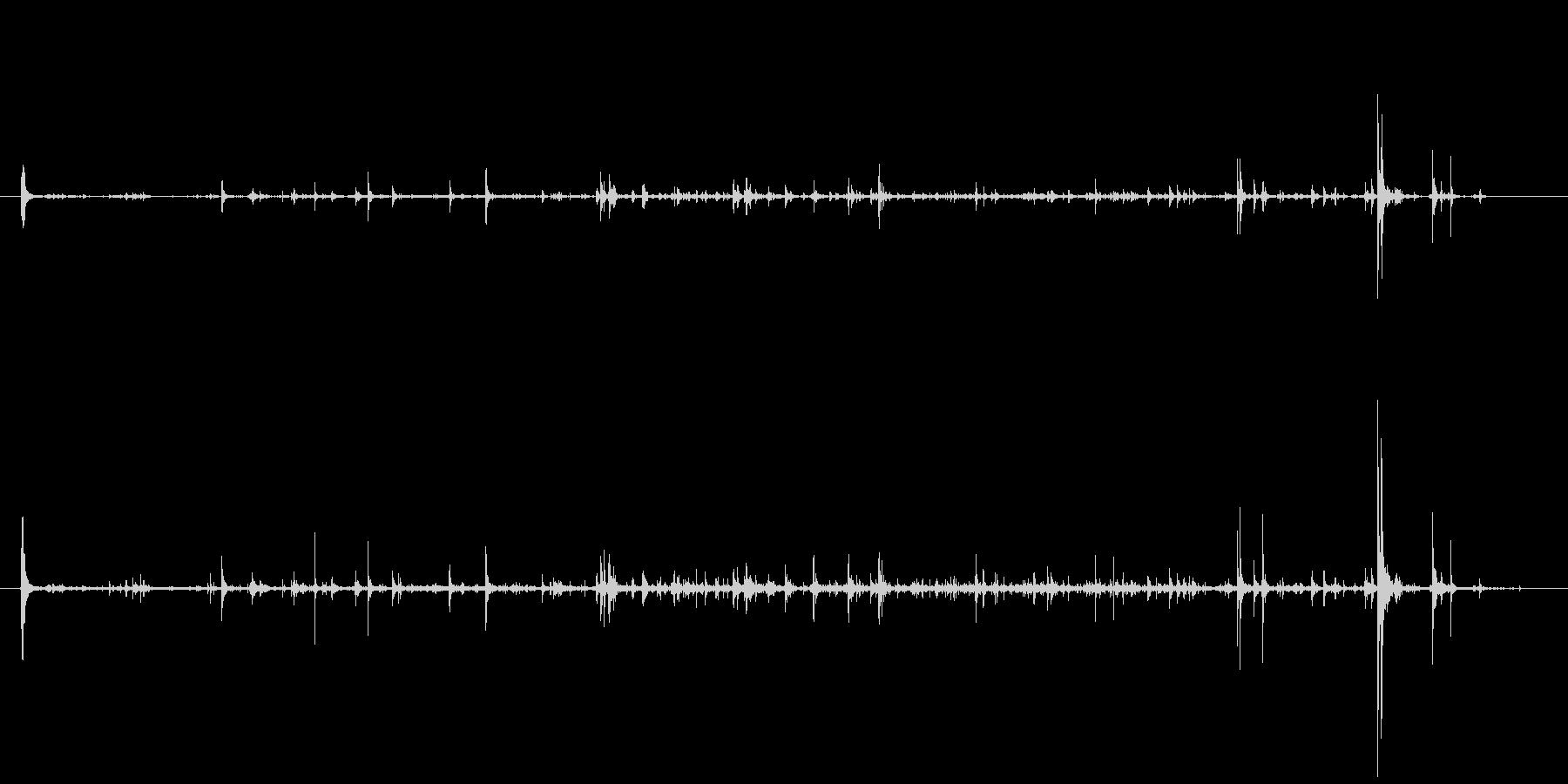石 中型地すべりショート01の未再生の波形