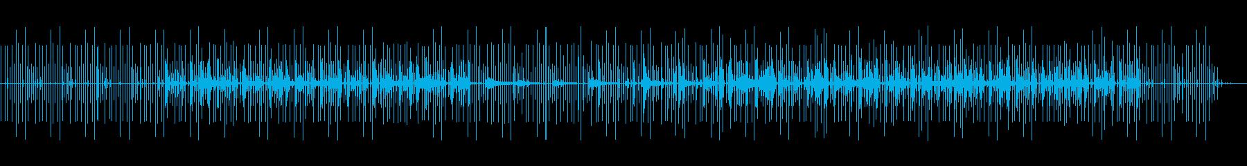 ミステリアスで緊迫感のあるミニマルテクノの再生済みの波形