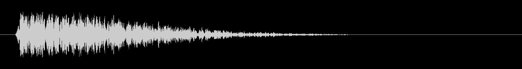 ドラマチックなディープドラムインパクトの未再生の波形