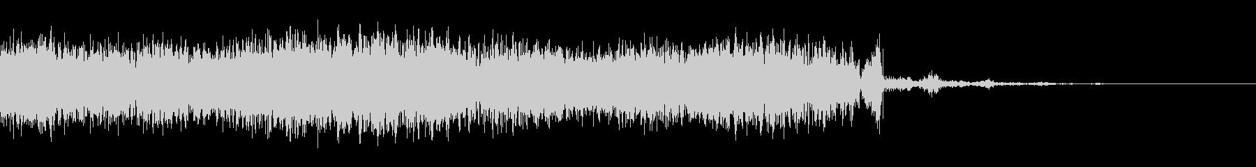 大きなフラタリングパルススイープの未再生の波形