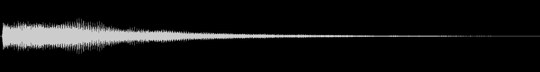 ドキュメンタリー調のピアノ音 リバーブ有の未再生の波形