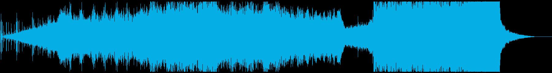 ピアノやクワイヤを使用した感動的な曲の再生済みの波形