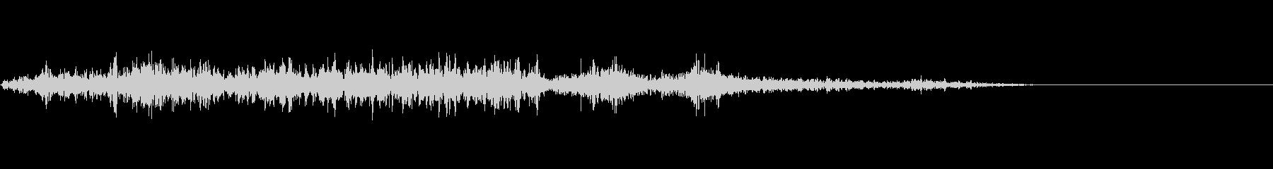 カミナリ(遠雷)-12の未再生の波形