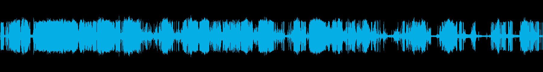 ラバーラフト:動き、激しいきしみの再生済みの波形