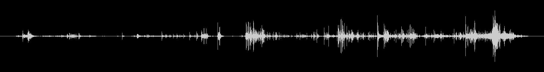 ギューボフッ(ゴムのマスクを外す音)の未再生の波形