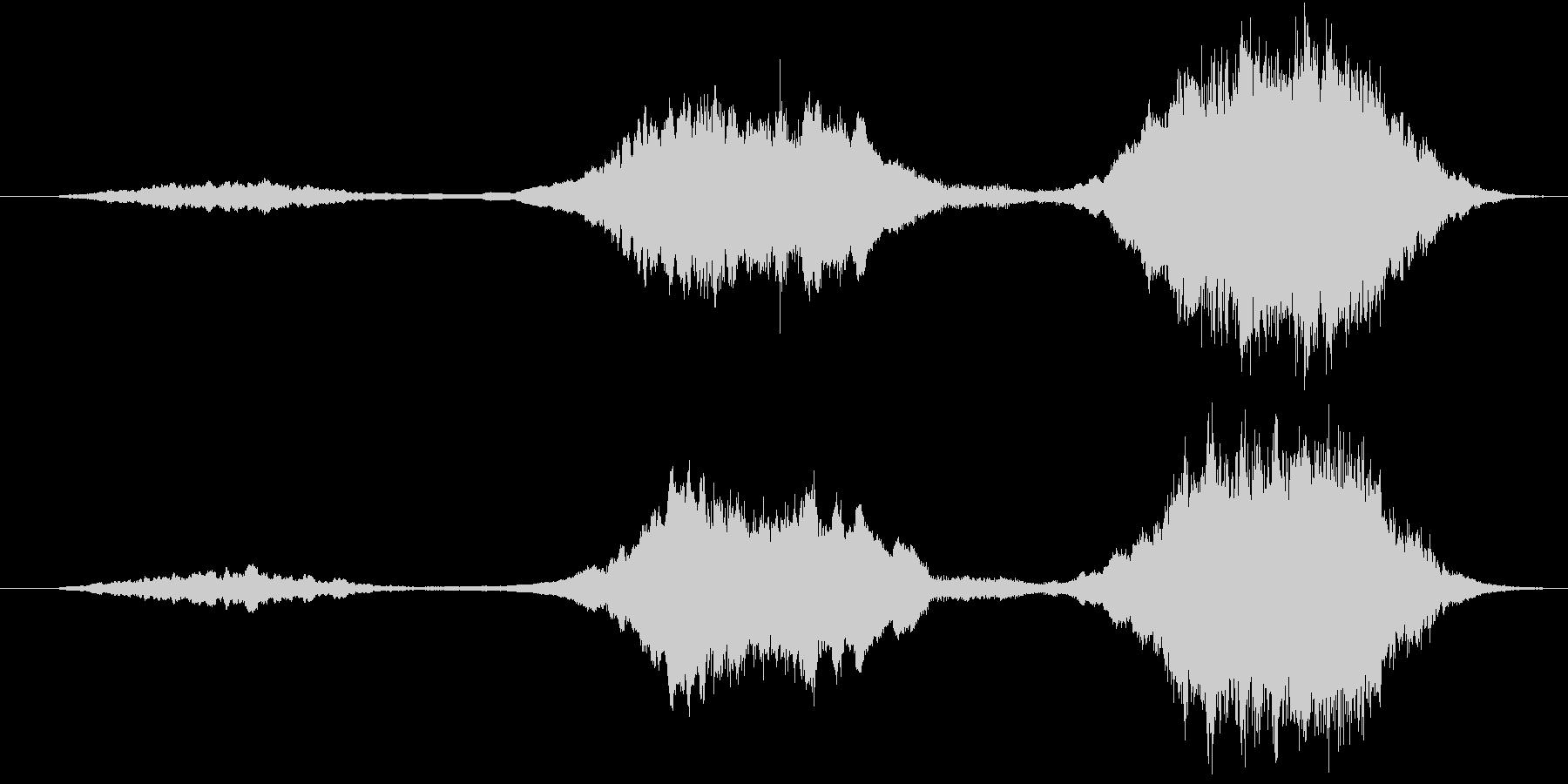 ストリングスによる不協和音の未再生の波形