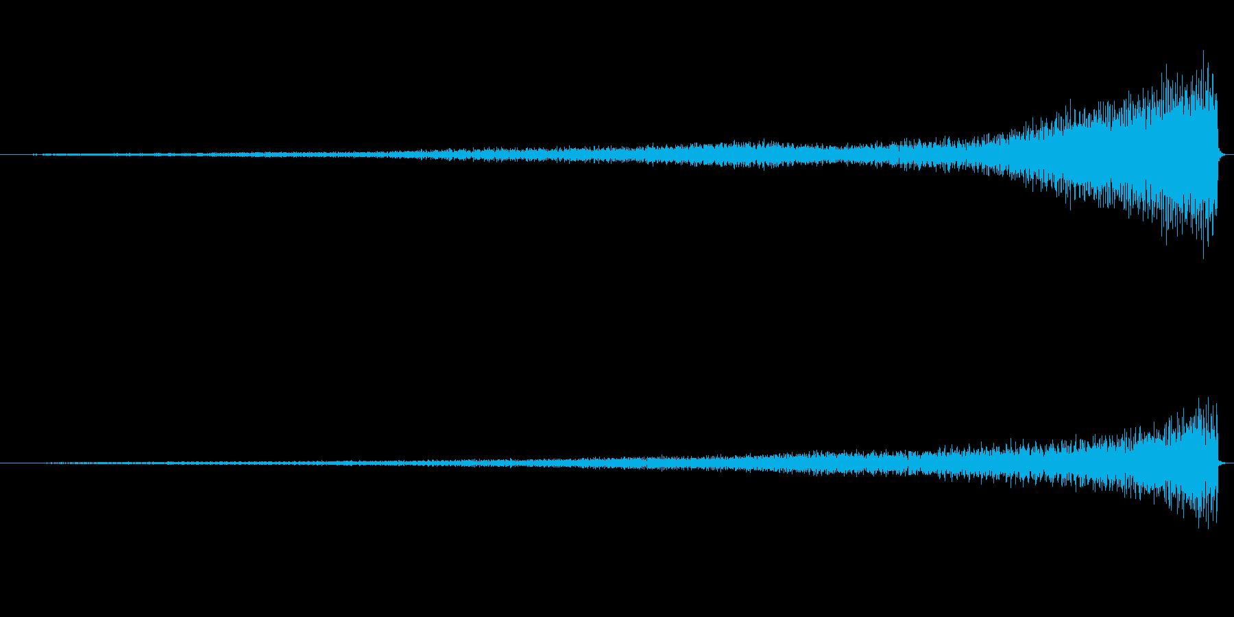 ピアノのワンショット効果音08-リバースの再生済みの波形