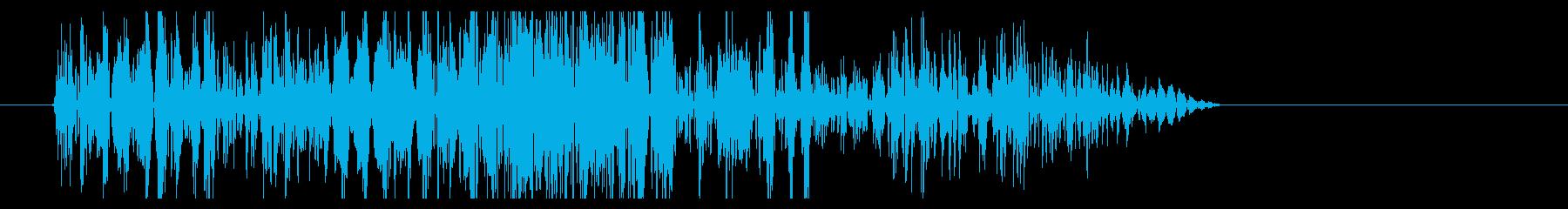 ドシュッ(時代劇向け斬撃音・弱)の再生済みの波形