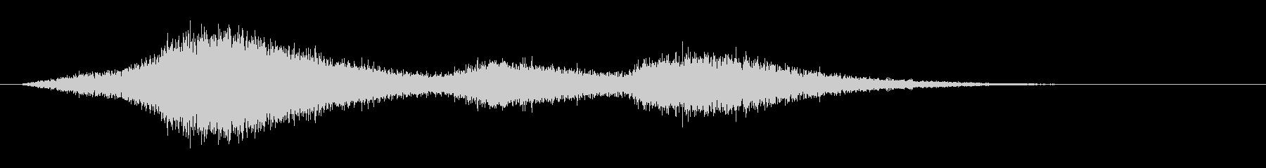 シャープな残響ヒスの未再生の波形