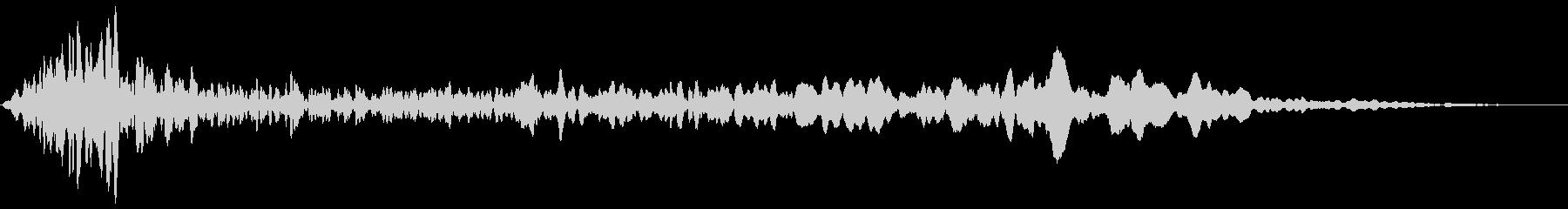 ヒュールル(風の音)の未再生の波形