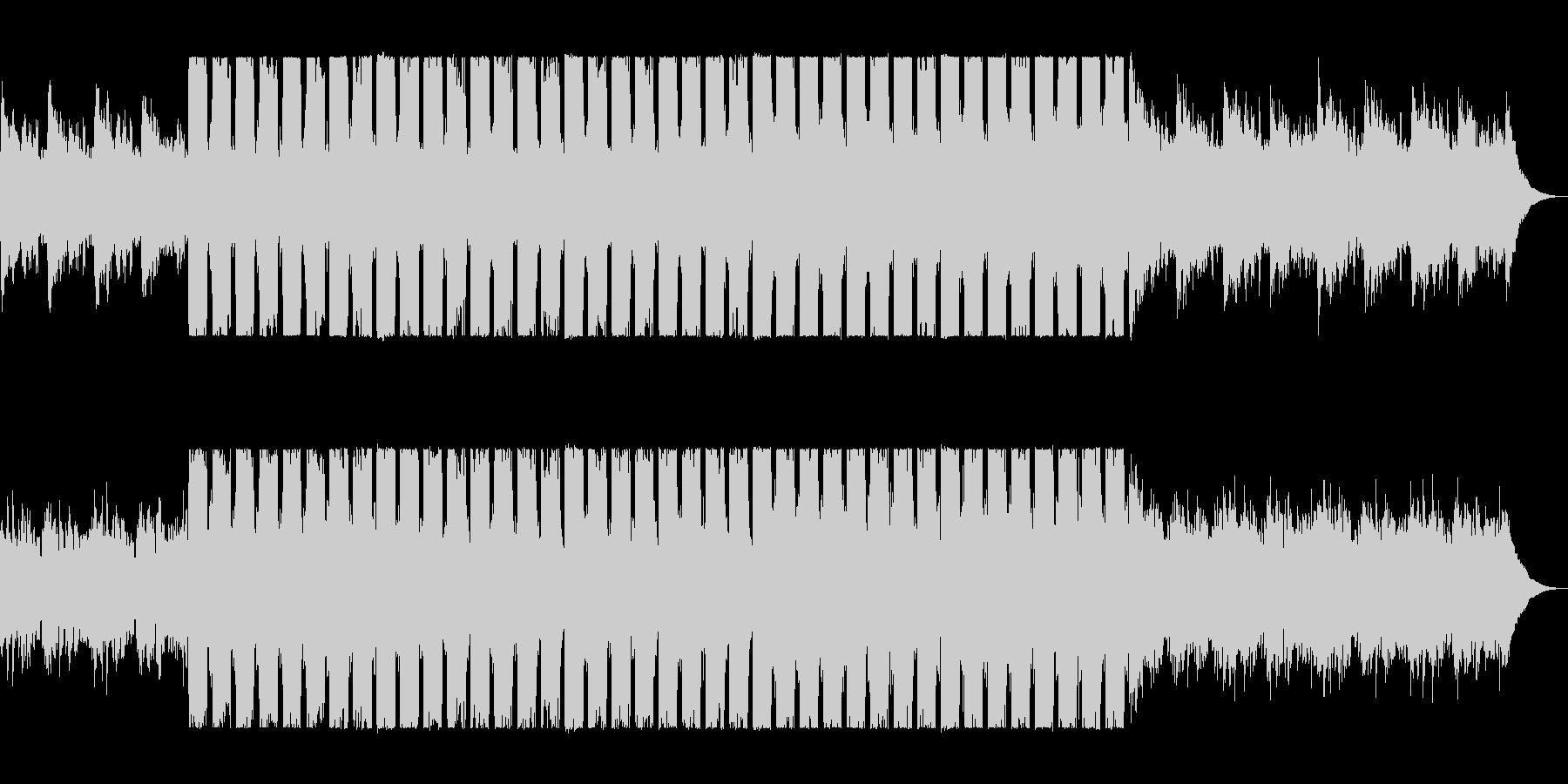滑らかで綺麗なピアノドラムンベーステクノの未再生の波形