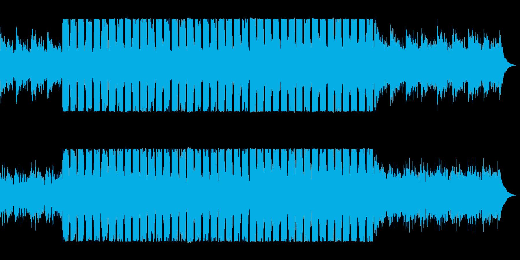 滑らかで綺麗なピアノドラムンベーステクノの再生済みの波形