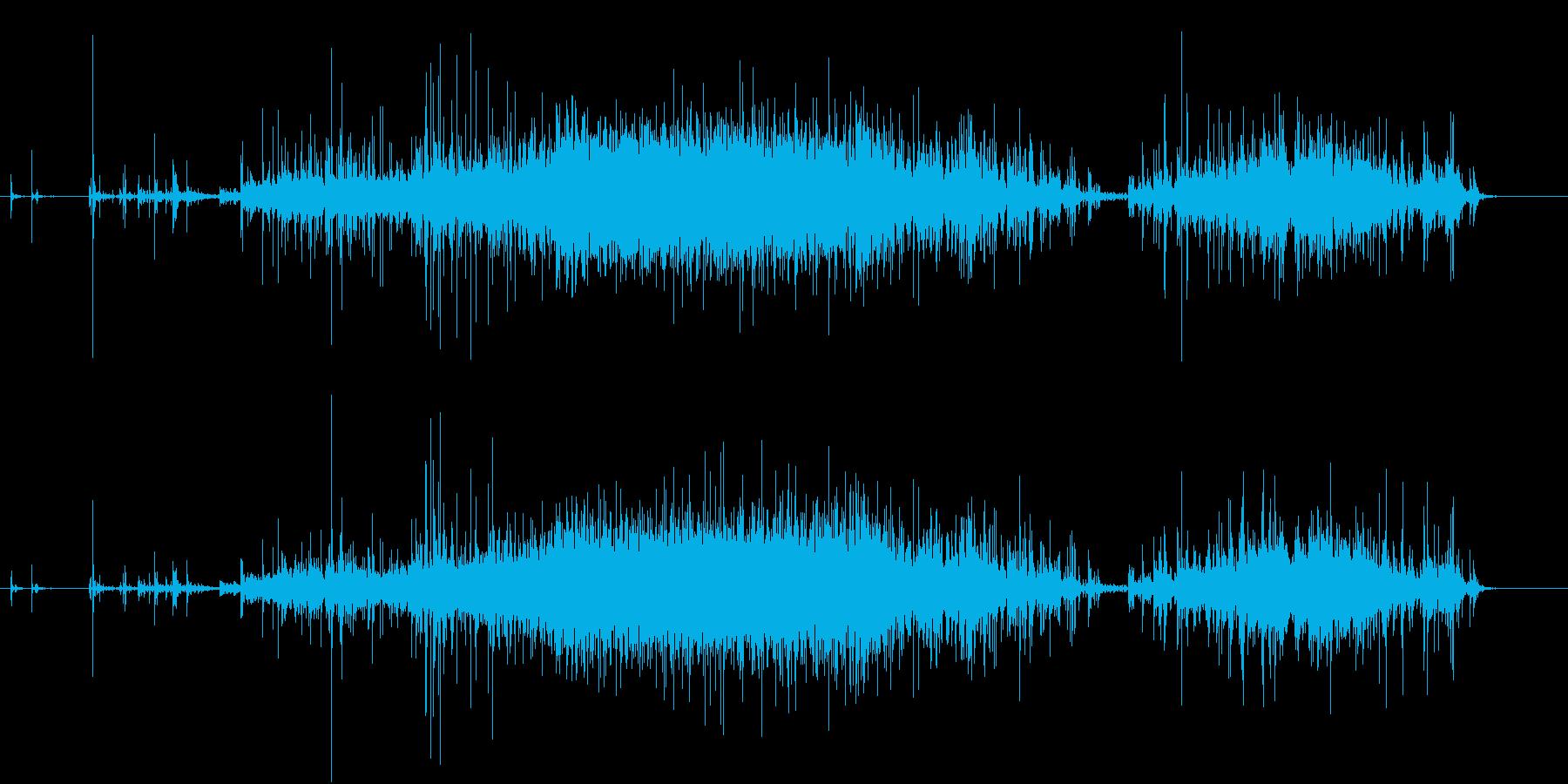【生録音】米粒(生米)を取り出す音 2の再生済みの波形