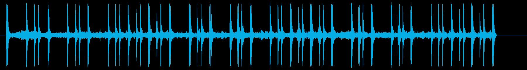 ドラム、トランペット、アルカブスの再生済みの波形