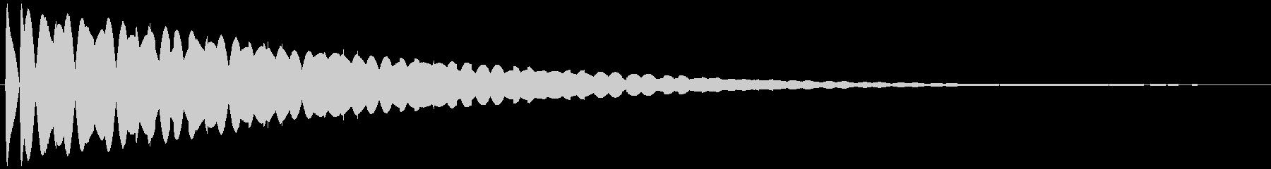 飛ぶ(ファンタジー) ピロロロ…の未再生の波形