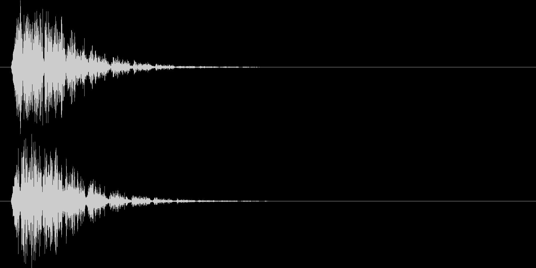 ドカーン(機械的衝撃波)の未再生の波形