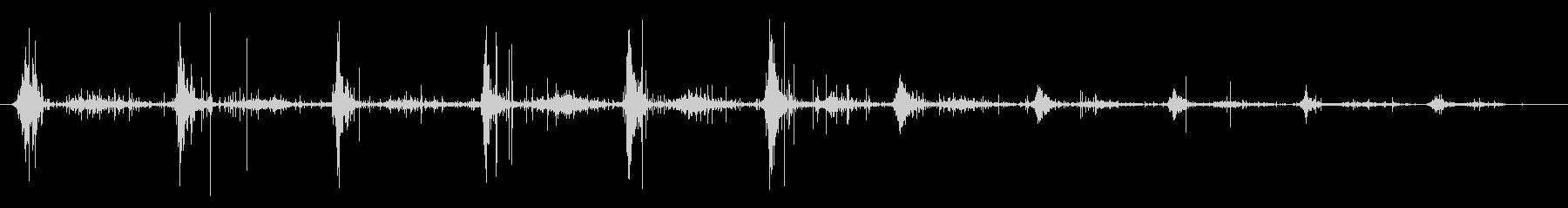 ASMR 木の葉の山の足音の未再生の波形