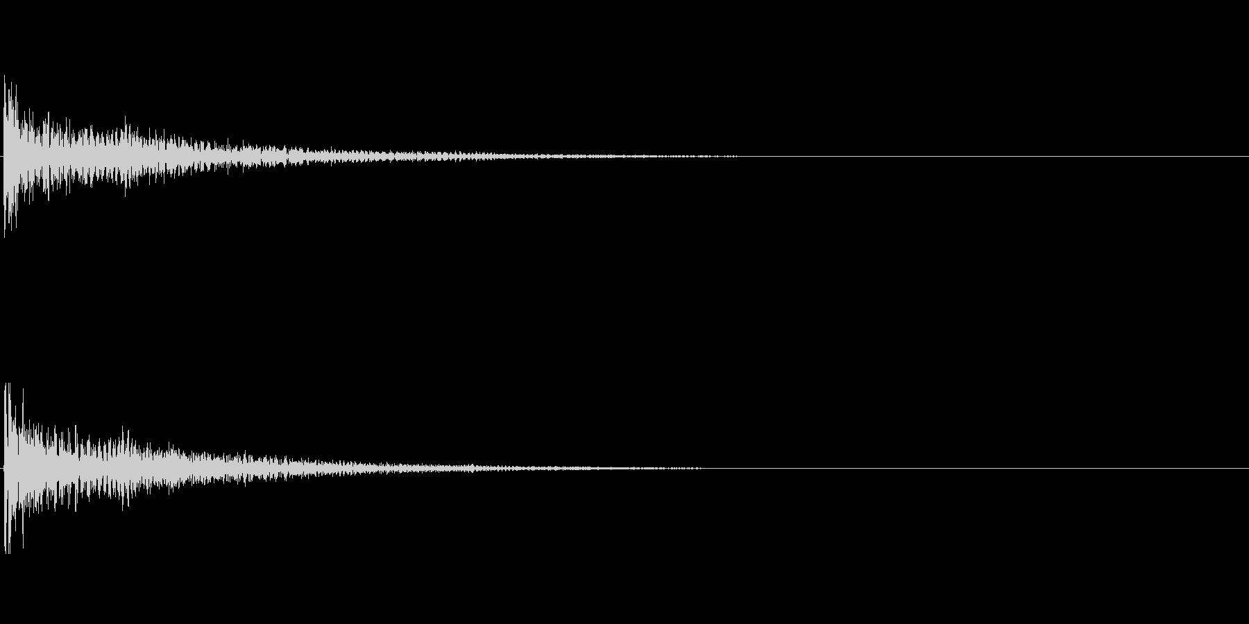 【衝撃02-3】の未再生の波形