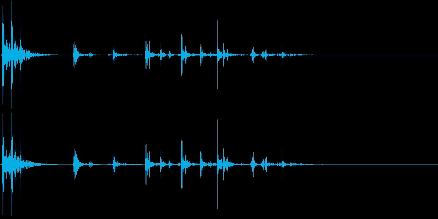 【生録音】プラスチックの容器が転がる 4の再生済みの波形