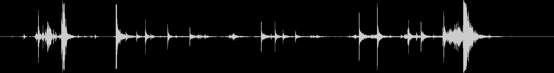 ドアチェーンを掛ける音1の未再生の波形