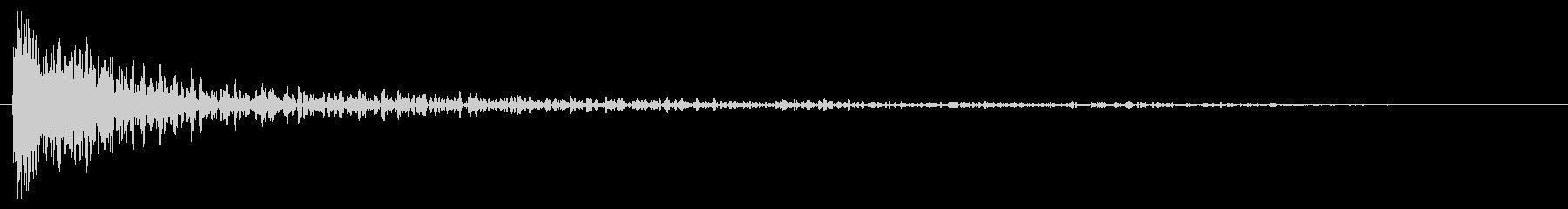 オイルドラムヒットインパクトの未再生の波形