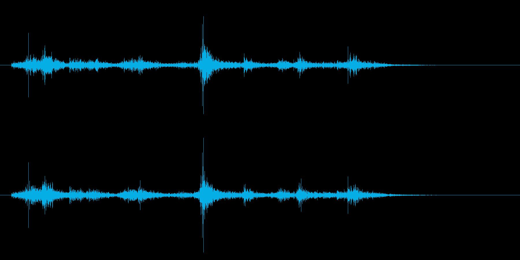 旗が揺れる はためく なびく 効果音04の再生済みの波形