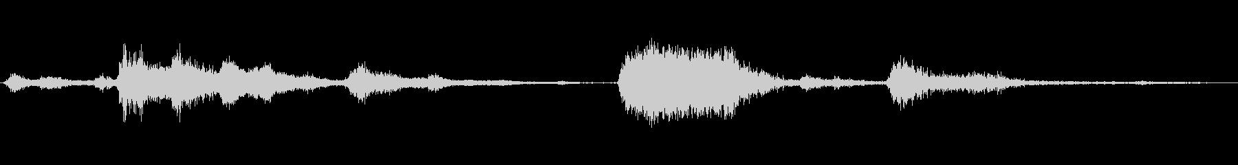 共鳴金属シートの崩壊の未再生の波形