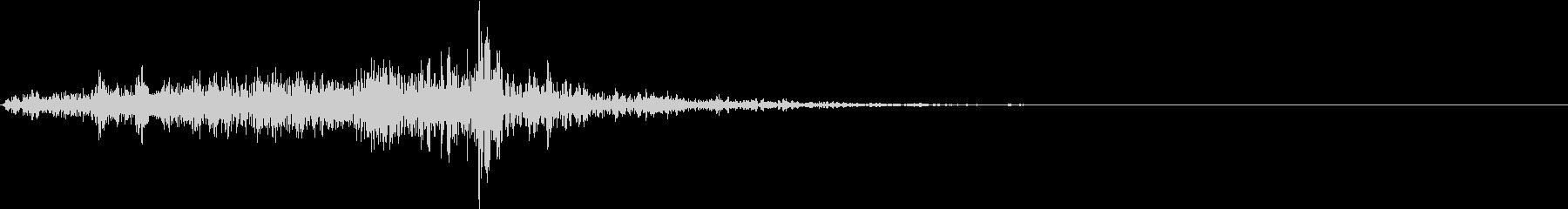 【生録音】野菜を包丁で切る音 3 単発の未再生の波形