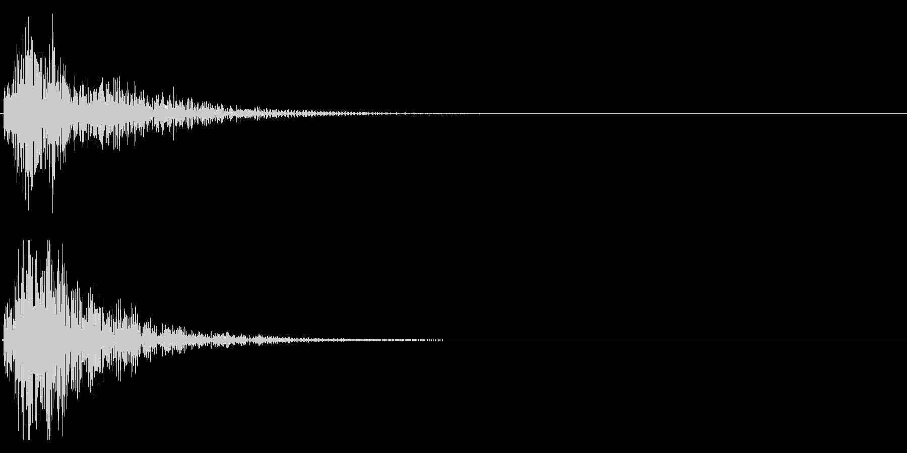 ドドン!(迫力ある和太鼓の効果音)08の未再生の波形