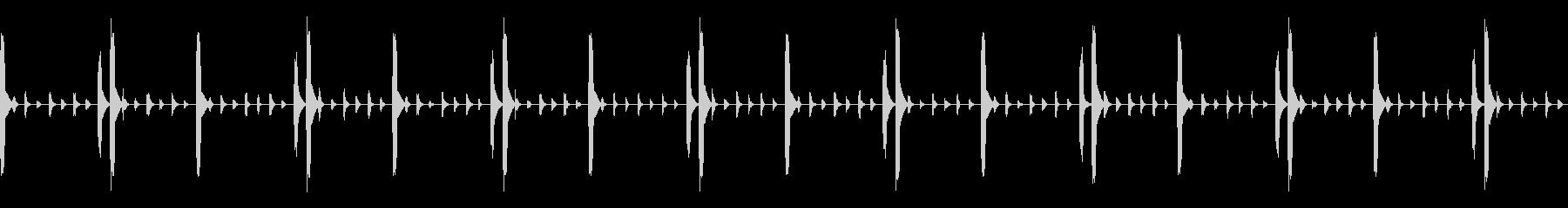 水のあぶくの様なリズムループの未再生の波形