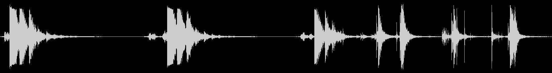 ごみ箱蓋:ハードクローズアンドバウ...の未再生の波形