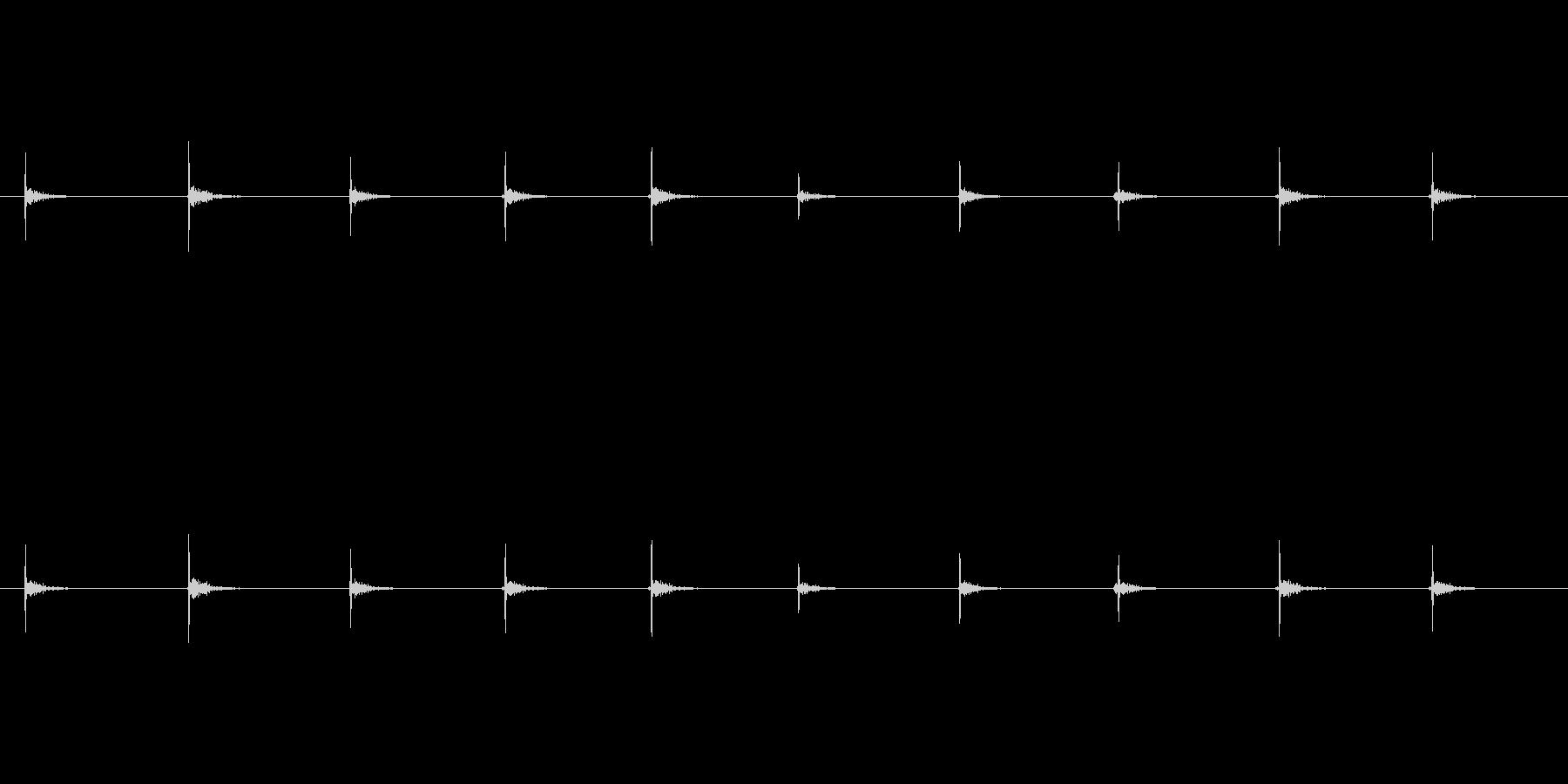 【足音02-6L】の未再生の波形