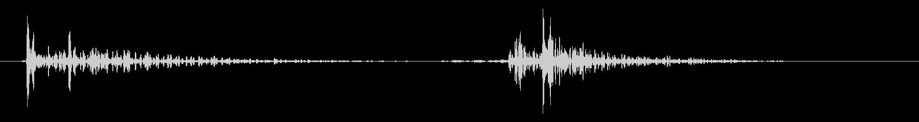 皿を置く効果音 10の未再生の波形