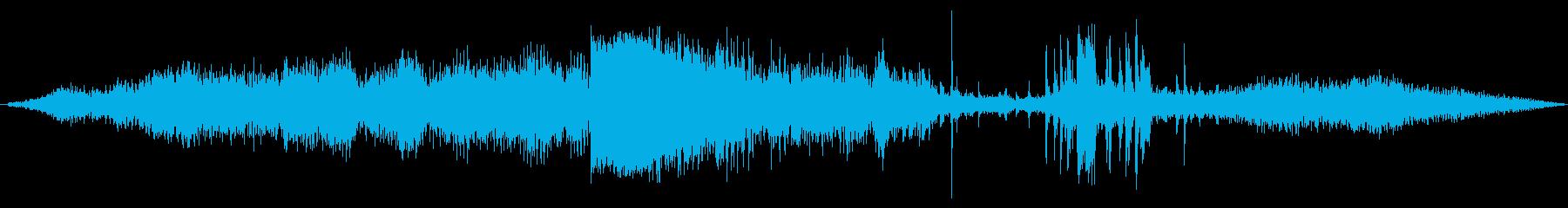 INT:逆回転、車への衝突の再生済みの波形