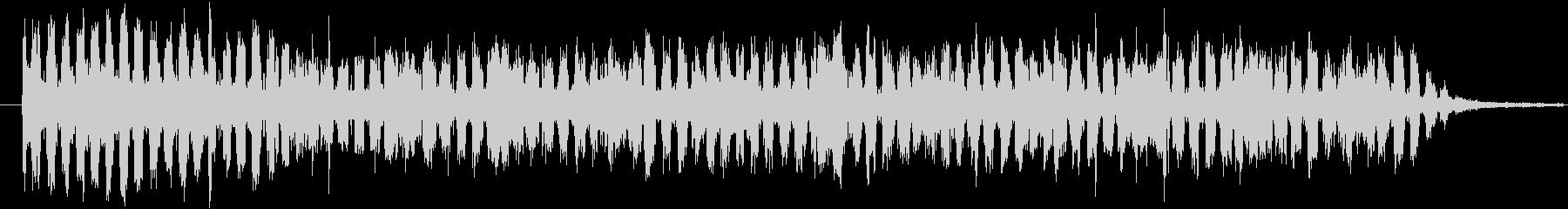 「キュイーン」とエネルギーを溜める音の未再生の波形