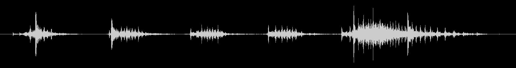 ガスチェーンソー:ラピッドプルと誤...の未再生の波形
