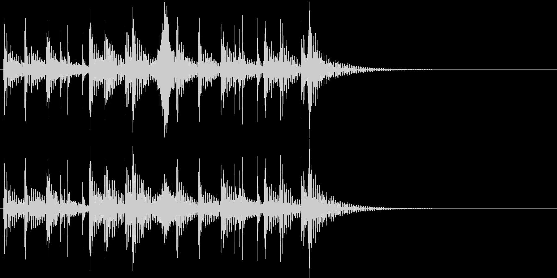 祭り太鼓の定番リズム+掛け声(低音)の未再生の波形