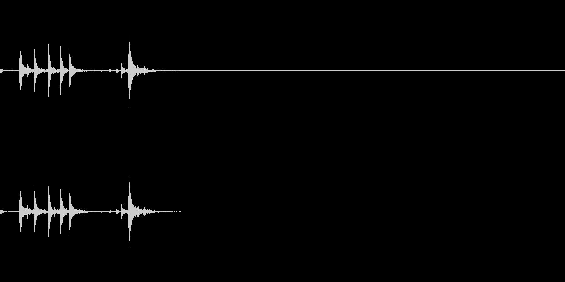 生録音-メトロノームのゼンマイを巻く01の未再生の波形