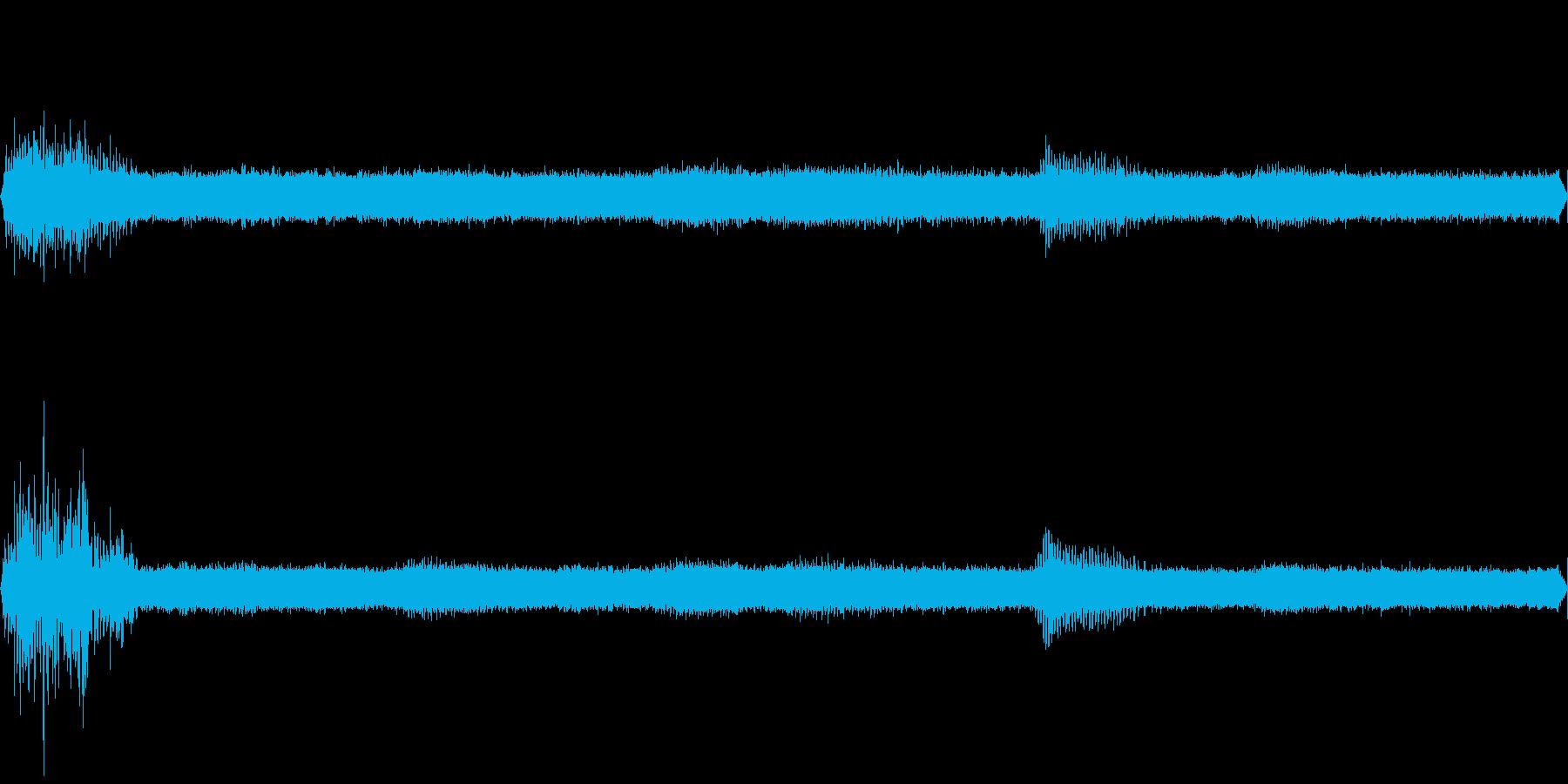 ヒグラシが鳴く夏の山の夕暮れ(環境音)の再生済みの波形