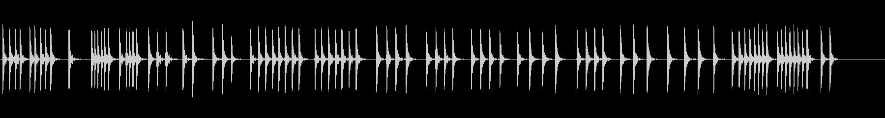 木の板を槌で打つの未再生の波形