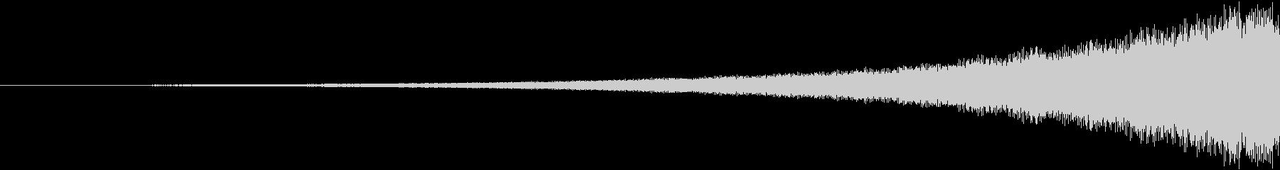 ピアスクレッシェンドチャイムの未再生の波形