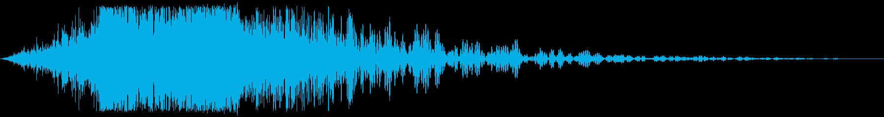 爆発的な金属の影響の再生済みの波形