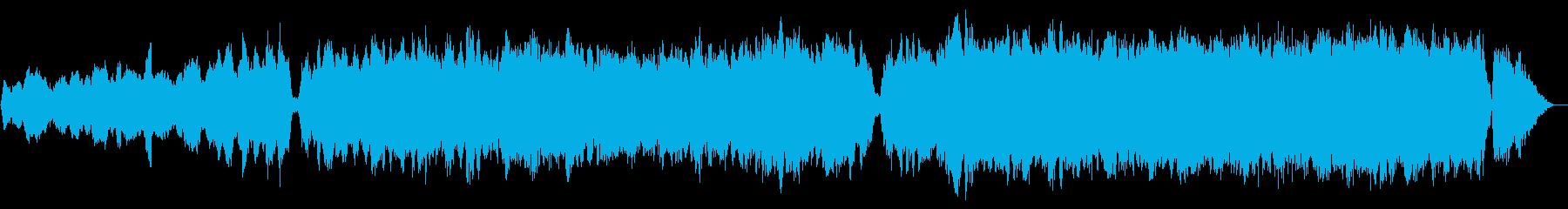 チェロとトランペット 勇壮なシネマ風の再生済みの波形